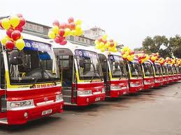 Expanding 12 bus routes in Hanoi